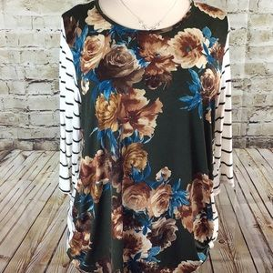 Tops - Plus Size Pretty Floral and Striped Blouse
